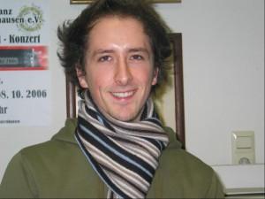 2006-12-14-Dirigent_neu_neu_01-detailed
