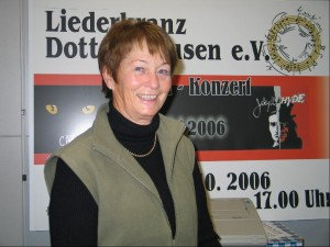 2007-11-18-Paula_Eberhardt,_30_Jahre_Chorsingen_0033-detailed
